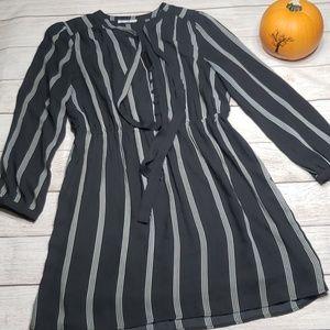 DR2 Large Black Stripe Long Sleeve Dress